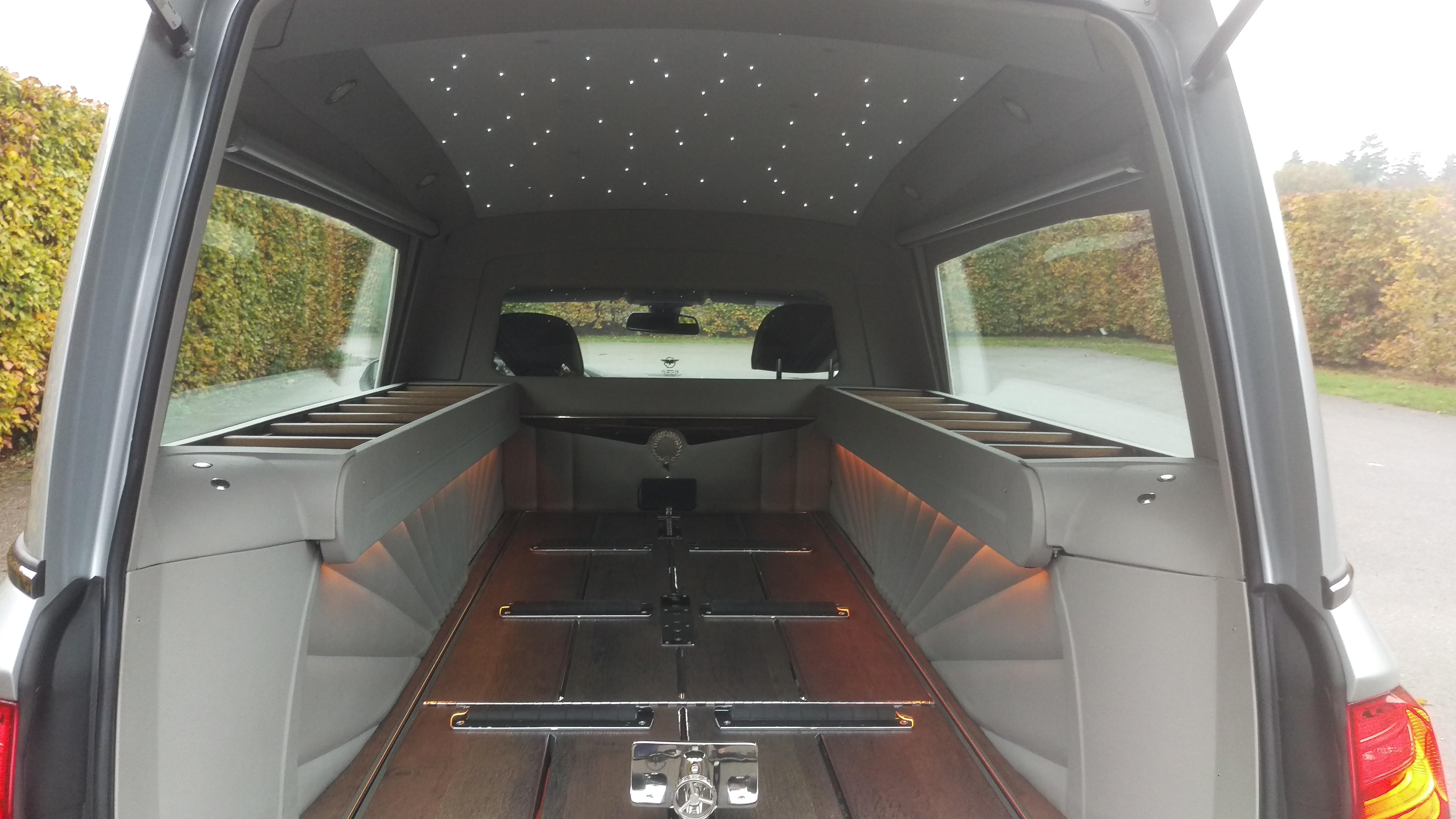 BMW Hybride Rouwauto 2016