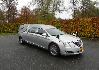 Cadillac rouwauto zilver